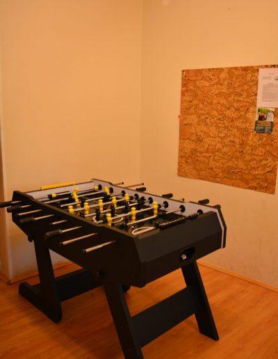 Hostel 4a velika soba fusbol