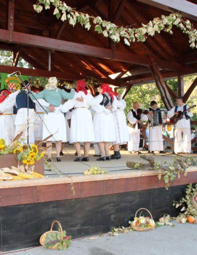_Severinska veüer dio iz programa folkornih obiüaja